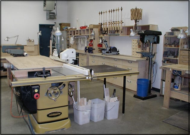 Quality air in the workshop wonderful woodworking for Home shop design ideas