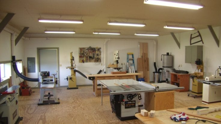 Small woodworking shop layout helps you to lay out the shop right