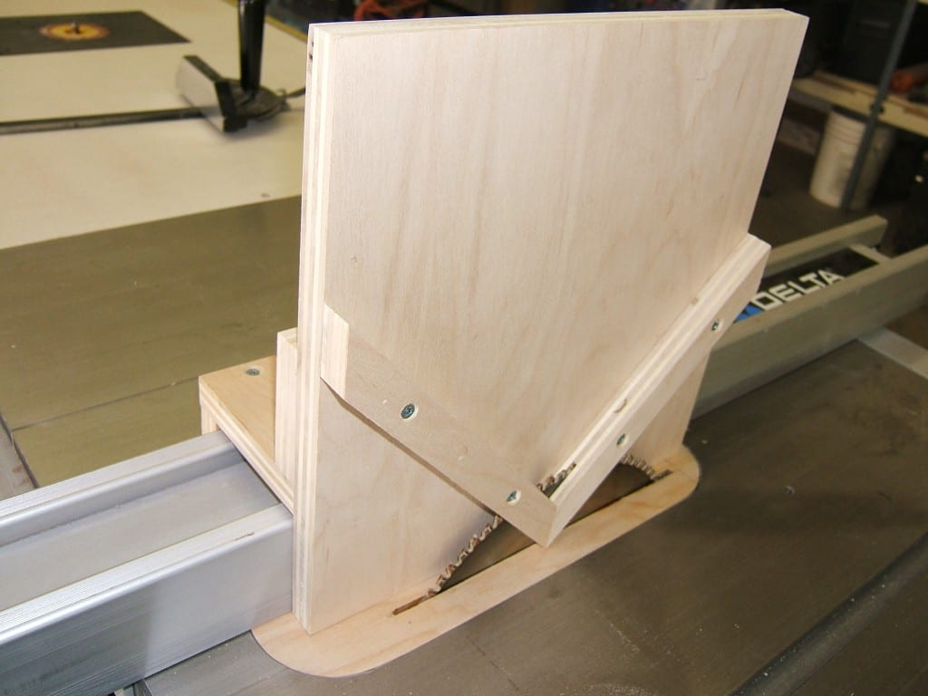 A Spline Cutting Jig