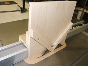 A spline cutting jig jig